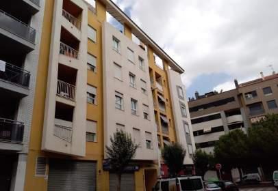 Pis a calle Josep Serra Carsi, nº 2